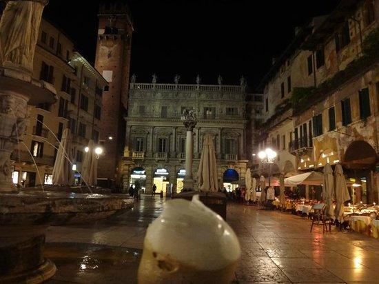 Palazzo Victoria: Gelato cam of Piazza Della Erbe (4 minutes walk)