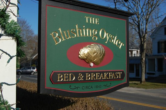 The Blushing Oyster Bed & Breakfast: The Blushing Oyster