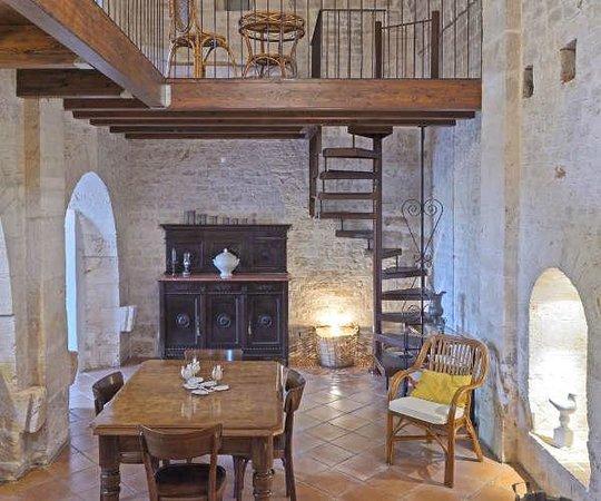 Appartamento Verdeca - Vista soggiorno con soppalco - Foto di Agriturismo Ant...