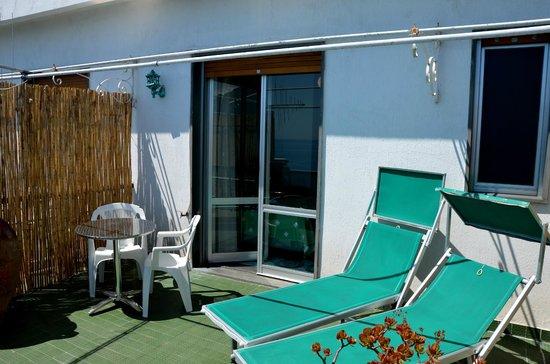 Hotel Dei Cavalieri : Balcon de la chambre