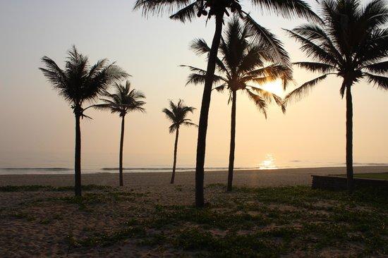 Four Seasons Resort The Nam Hai, Hoi An: 朝日