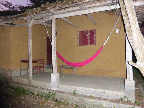 Rumi Wilco Ecolodge & Nature Reserve: Adobe-Herberge im vorderen Bereich des Rumiwilco