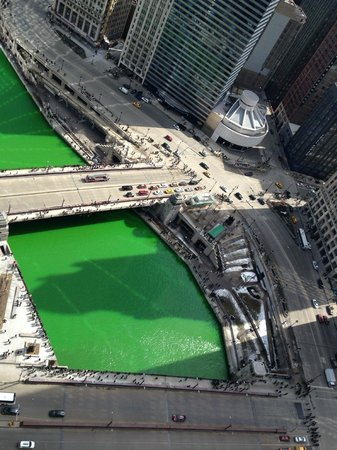 Club Quarters Hotel, Wacker at Michigan: Chicago River on St. Patrick's Day