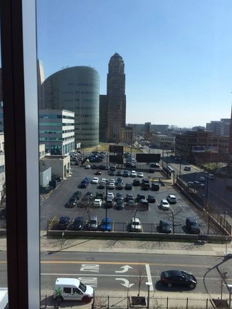 Embassy Suites by Hilton Buffalo : View of downtown Buffalo from 5th floor