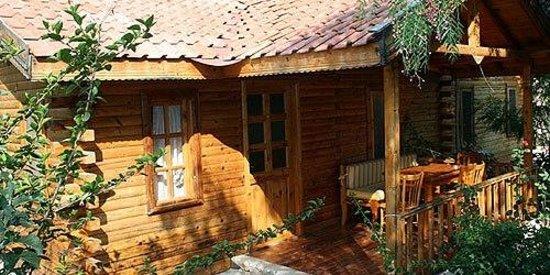 Kizilbuk Wooden Houses: ev