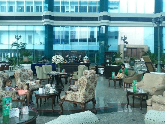 Executive Club at Windsor : Lobby