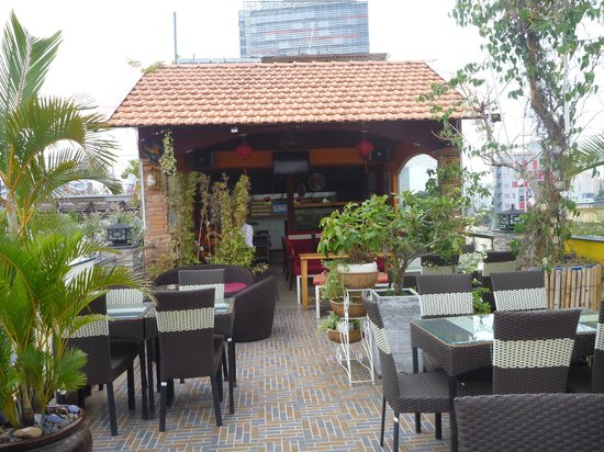 Duc Vuong Hotel: Rooftop