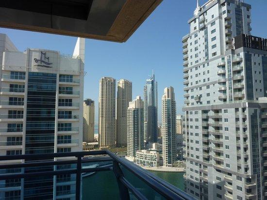 Radisson Blu Residence, Dubai Marina : view