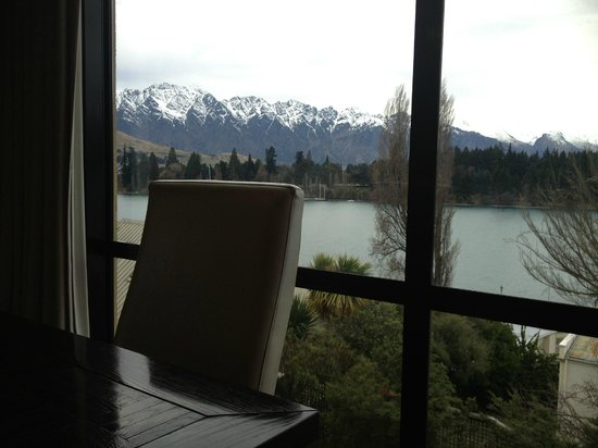 Hotel St Moritz Queenstown - MGallery Collection : View from breakfast restaurant