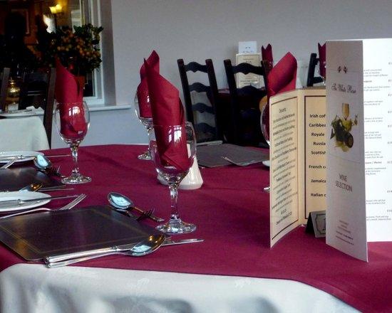 Restaurant at White Rose Hotel: Restaurant. Nicely set table