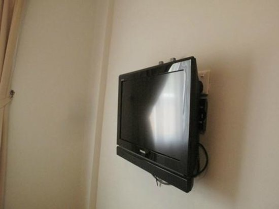G-Inn: the LCD tv