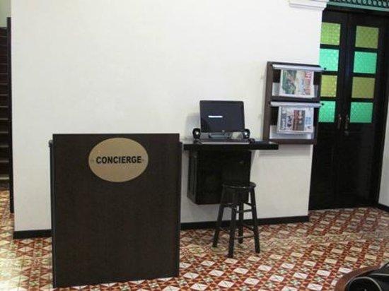 G-Inn : the reception area