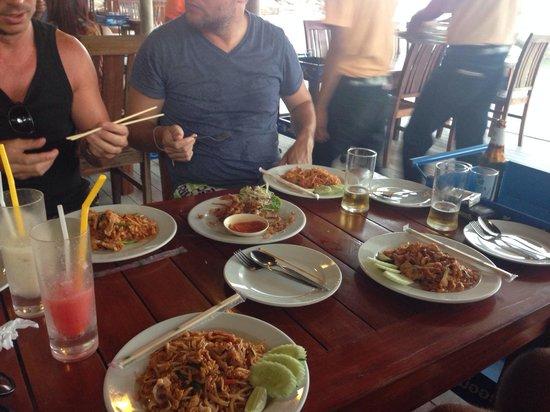 Sabienglae Restaurant: Best Phad Thai!