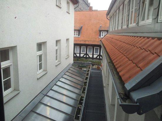 Novum Hotel Kaiserworth Goslar: Blick in den Innenhof im Anbau