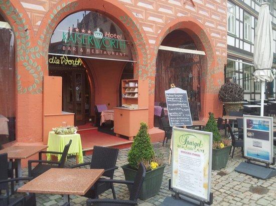 Novum Hotel Kaiserworth Goslar: Gestaltung der Terrasse