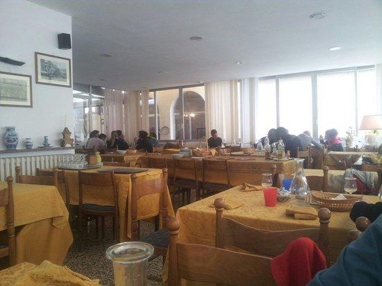 Hotel Gioiello: La sala da pranzo