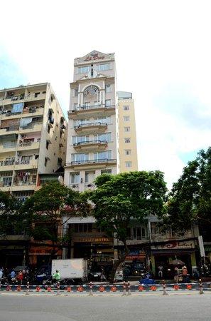 Le Duy Hotel: Außenansicht