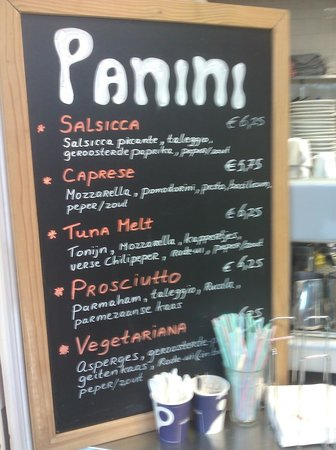 da portare VIA: They also sell paninis there