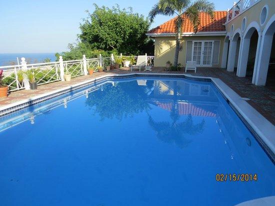 Vista de la Bahia: Beautiful swimming pool