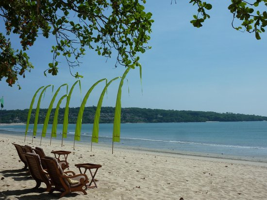 Belmond Jimbaran Puri: Strand direkt beim Hotel