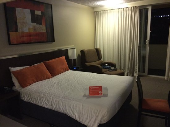 Travelodge Hotel Perth: Good size, clean room.