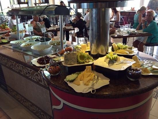 Royalton Hicacos Varadero Resort & Spa: Cheese selection
