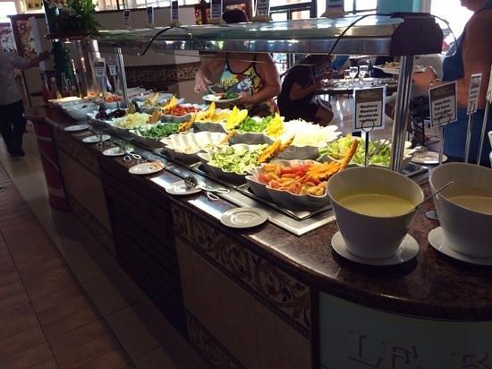 Royalton Hicacos Varadero Resort & Spa: Fresh salad bar
