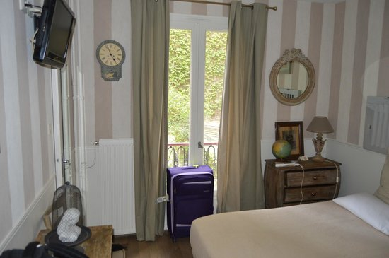 Hotel de l'Avre: Habitación
