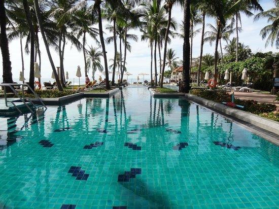 Centara Grand Beach Resort Samui: pool again