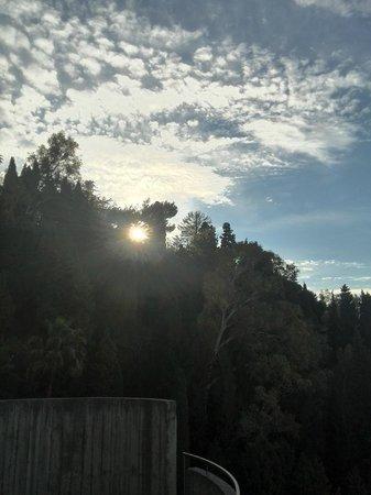 Monte Tauro Hotel: Sunrise