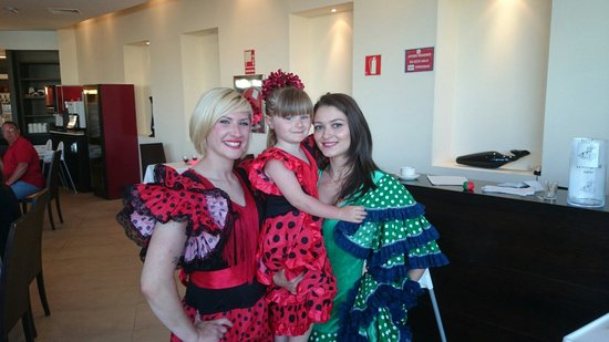 Aparthotel Ferrera Blanca: My daughter dressed for Spanish night.with kirsty & alina
