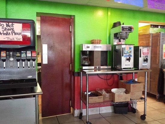 La Tienda Latina: Drink area