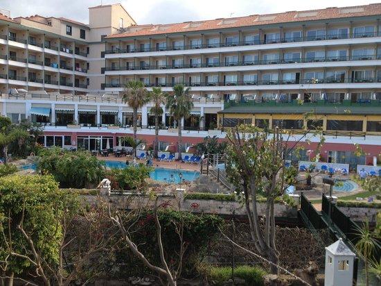 diverhotel Tenerife Spa & Garden: Hotel vu du jardin