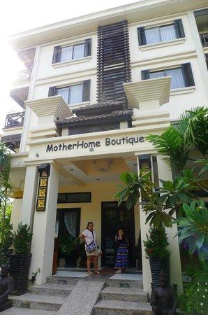 MotherHome Boutique Hotel: facade