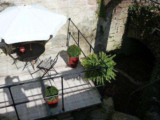 Moulin de Buffiere : Patio ouvert