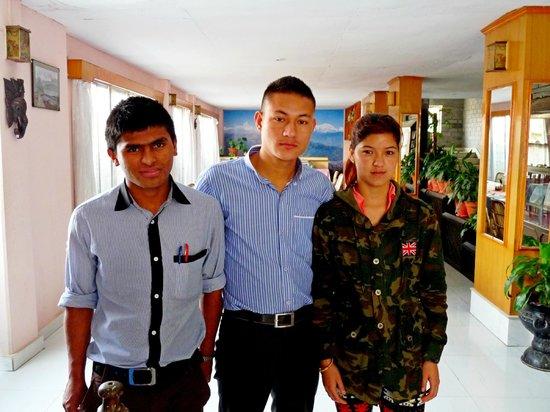 Hotel Stupa: staff