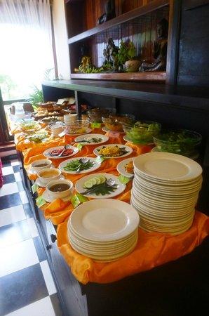 MotherHome Boutique Hotel: buffet