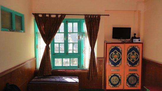 Modern Residency: Room