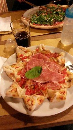 Pizza Itaste. Fantastica!!!!!!!