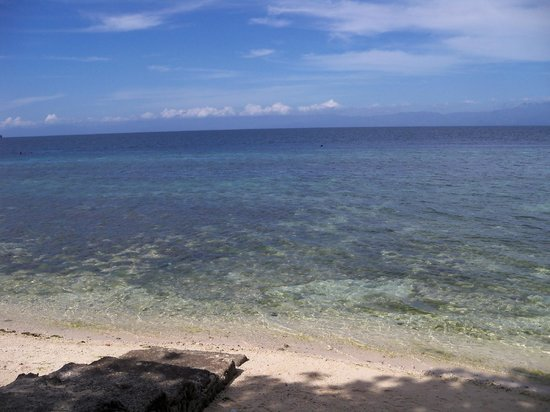 Mayas Native Garden: Panagsama Beach - 5 minute walk from Mayas