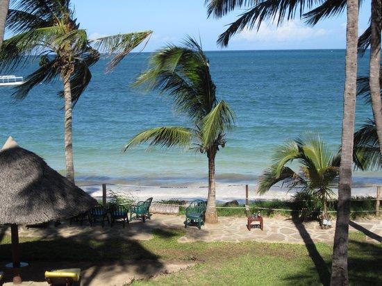 Sarova Whitesands Beach Resort & Spa: View from room FANTASTIC!