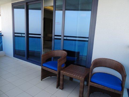 Le Meridien Al Aqah Beach Resort: balcony
