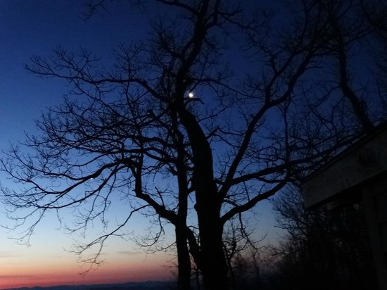 Gideon Ridge Inn: Awaiting Sunrise