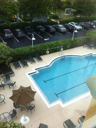 Fairfield Inn & Suites by Marriott Destin: Pool side