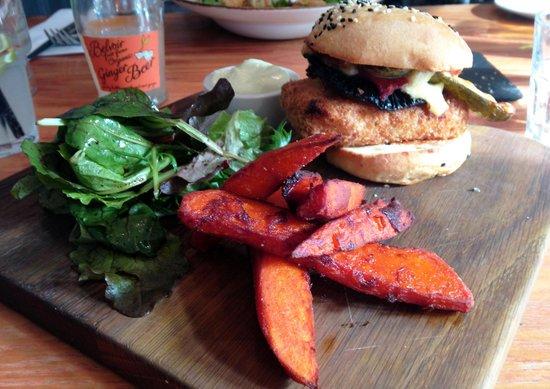 Food for Friends : Halloumi Burger