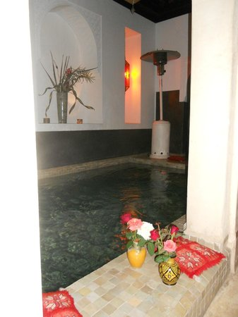 Riad Diana : pool in Riad