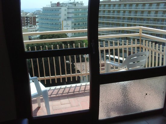 H·TOP Olympic : glass thin on balcony door dangerous