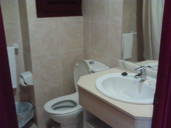 H·TOP Olympic : bathroom clean