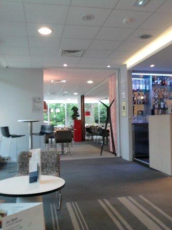 Novotel Paris Saclay: Bar