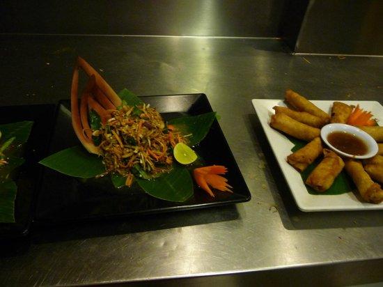 Le Tigre de Papier Cooking School: My papaya salad